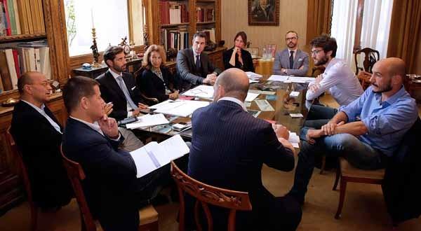 A Villa Trissino Marzotto le giurie hanno incontrato per i colloqui individuali i finalisti 2015. Il premio Marzotto ha diverse giurie, che si sono poi riunite per selezionare ciascuna i propri finalisti. Tutto si è deciso alcuni giorni fa.