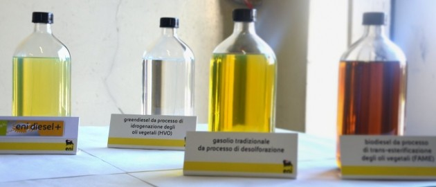 Carburanti a confronto: Eni Diesel +, componente Green Diesel, biocarburante tradizionale e diesel fossile