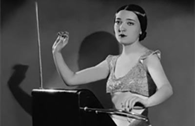 Clara Rockmore sulla copertina di un album