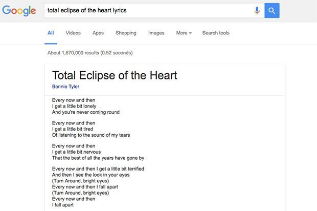 Il testo di una canzone visualizzato nella pagina dei risultati su Google