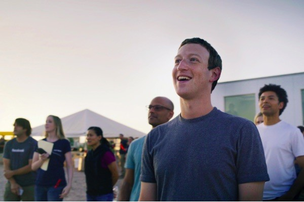 Facebook Aquila, il drone solare, spicca il volo
