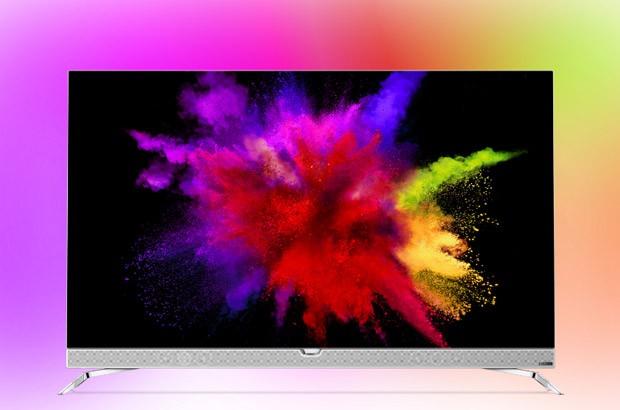 Philips 901F è il primo televisore 4K con pannello OLED e tecnologia Ambilight