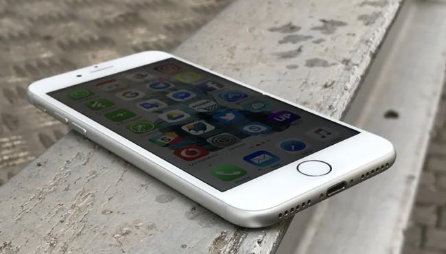 Apple iPhone 7 e Apple iPhone 7 Plus