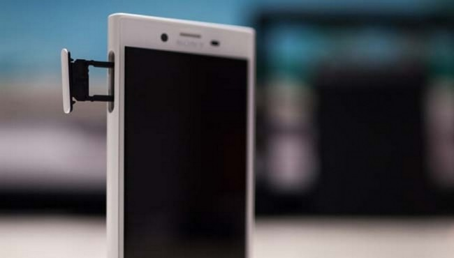 SONY XPERIA X COMPACT-056