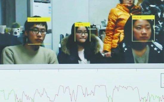La tecnologia di riconoscimento facciale in grado di individuare gli studenti annoiati durante le lezioni