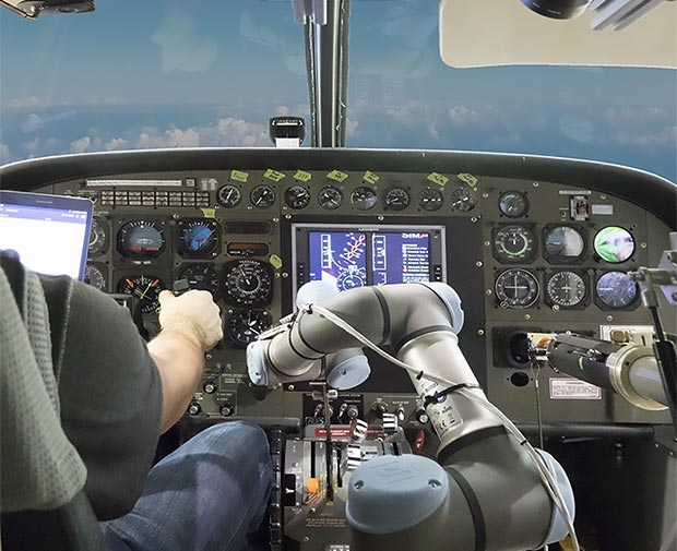 Il sistema Aircrew Labor In-Cockpit Automation System di Aurora Flight Sciences