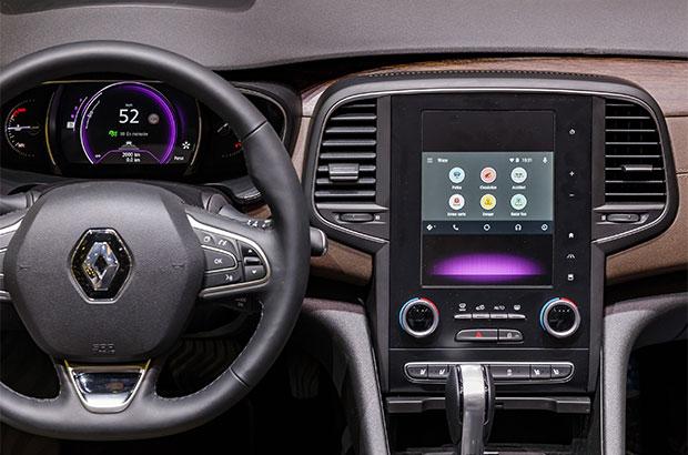 I servizi di Waze integrati nella dashboard di un veicolo Renault