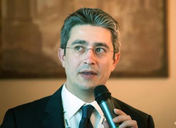 """rancesco Paolo Micozzi, avvocato, si occupa di diritto penale, con particolare predilezione per il diritto dell'informatica, delle nuove tecnologie, privacy e diritto d'autore. Collabora con le cattedre di Informatica Giuridica e Informatica Giuridica Avanzata dell'Università di Milano, ed è fellow dell'Hermes Center for Transparency and Digital Human Rights. È membro dei gruppi di lavoro """"Surveillance"""" e """"E-justice"""", per il CNF, a Bruxelles."""