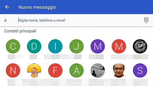 """Uno screenshot che mostra la schermata dedicata alla composizione di un nuovo messaggio nell'applicazione Messenger di Google, con la sezione """"Contatti principali"""" visualizzata nella parte superiore dell'interfaccia"""