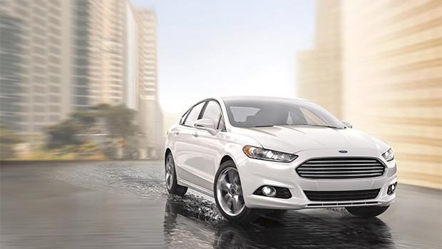 L'edizione 2015 della Ford Fusion è uno dei modelli compatibili con il sistema SmartLink