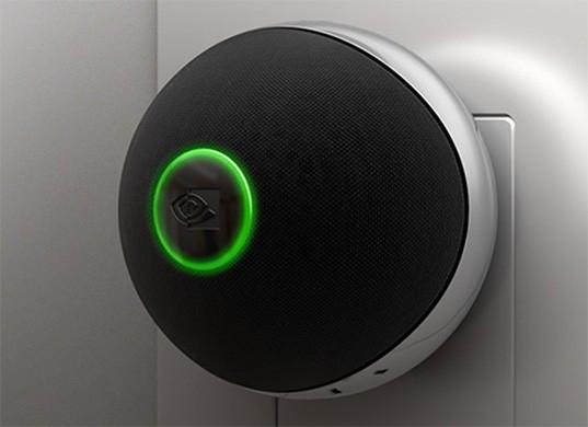 NVIDIA Spot, un accessorio per Shield TV che costituisce un microfono dedicato all'interazione vocale con l'Assistente Google