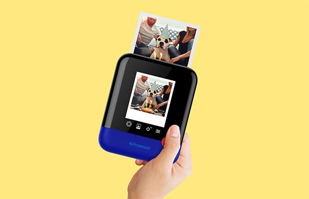 La fotocamera istantanea Polaroid Pop annunciata al CES 2017 di Las Vegas