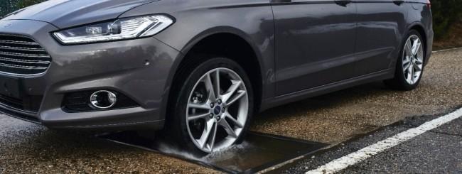 Ford, tecnologia anti-buche