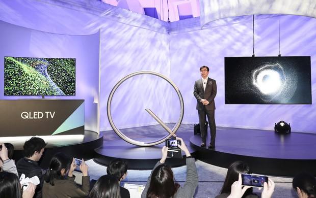 CES 2017: la presentazione dei nuovi televisori Samsung della linea Q, con tecnologia QLED