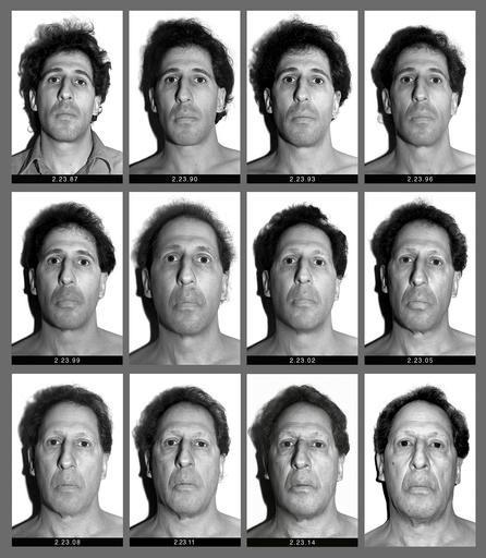 Karl Baden ha immortalato il proprio volto, ogni giorno, per 30 anni: il primo autoscatto il 23 febbraio 1987