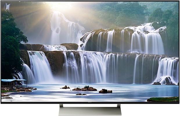 Il televisore XBR-65X930E con la tecnologia dell'Assistente Google