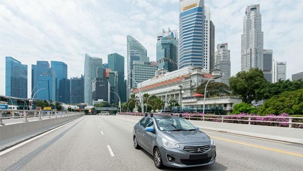 Le auto di Uber hanno iniziato la mappatura delle strade di Singapore