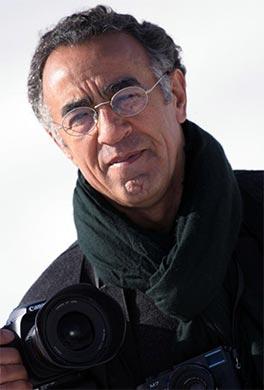Burhan Ozbilici, 59 anni, è il fotografo turco che si è aggiudicato il riconoscimento World Press Photo of the Year