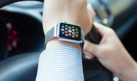 Apple Watch in auto