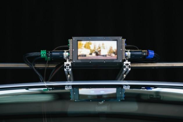 Il LiDAR di Luminar montato sul tetto di un veicolo usato per i test.