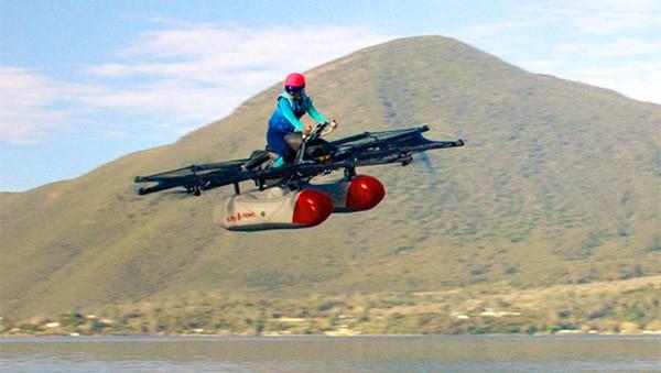 Il prototipo funzionante di Kitty Hawk Flyer, mezzo volante 100% elettrico, facile da guidare e finanziato da Larry Page: farà il suo debutto sul mercato in versione consumer entro la fine del 2017