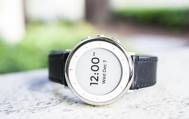 Verily Study Watch: l'orologio realizzato dalla divisione di Alphabet specializzata nella ricerca medica, dedicato alla registrazione dei parametri biometrici