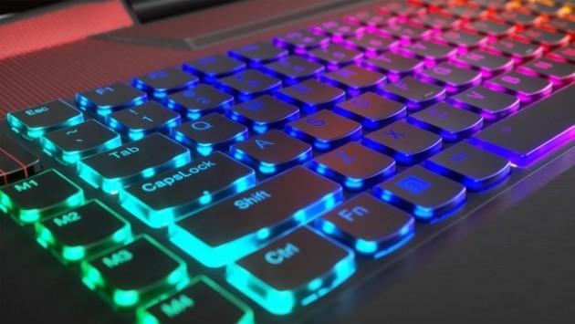 Lenovo Legion Y920 tastiera RGB