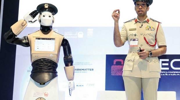 Il robot REEM di PAL-ROBOTICS al servizio delle forze di polizia di Dubai