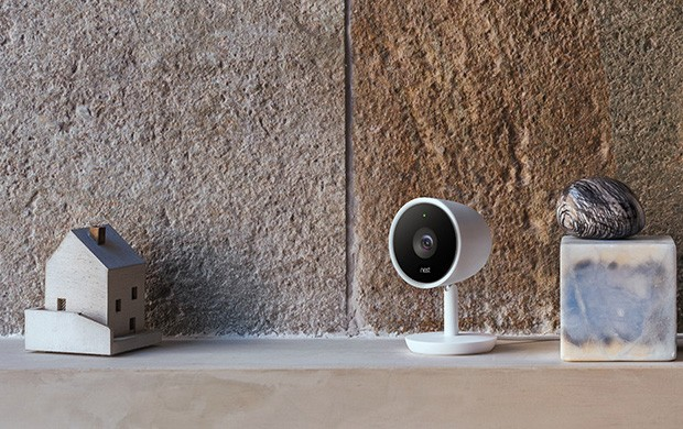 La videocamera Nest Cam IQ per la sorveglianza della casa