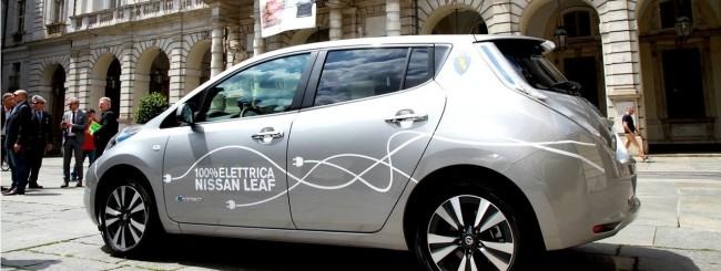 Nissan sostiene la mobilità elettrica a Torino