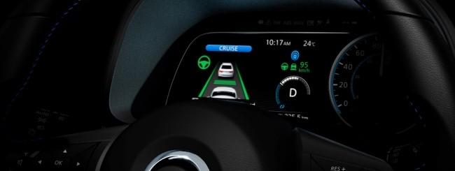 Nissan, un assaggio della futura Leaf