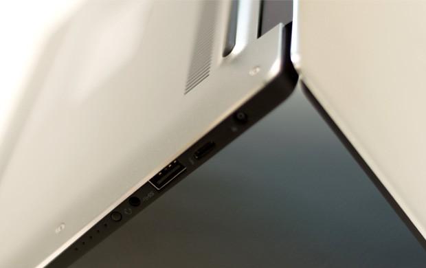 Dell XPS 13 (9360): le porte di connessione presenti sul profilo laterale