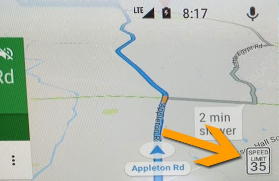 L'applicazione Google Maps integrata nella piattaforma Android Auto ha iniziato a mostrare i limiti di velocità da rispettare durante la navigazione stradale