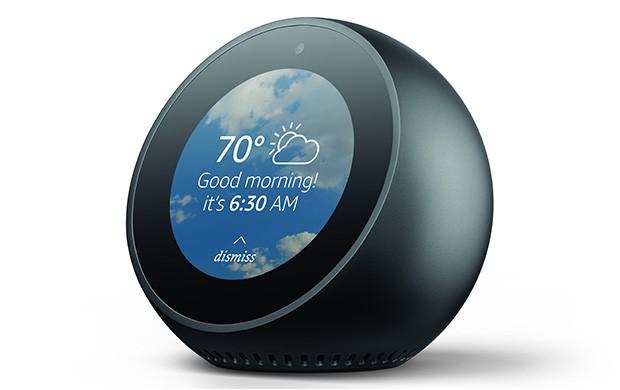 Amazon Echo Spot è un dispositivo da posizionare sul comodino