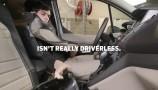 Ford: comunicazione tra self-driving car e pedoni
