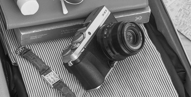 Il design rétro della mirrorless Fujifilm X-E3