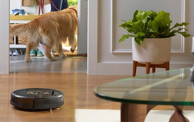 iRobot Roomba 980 in azione per la pulizia della casa
