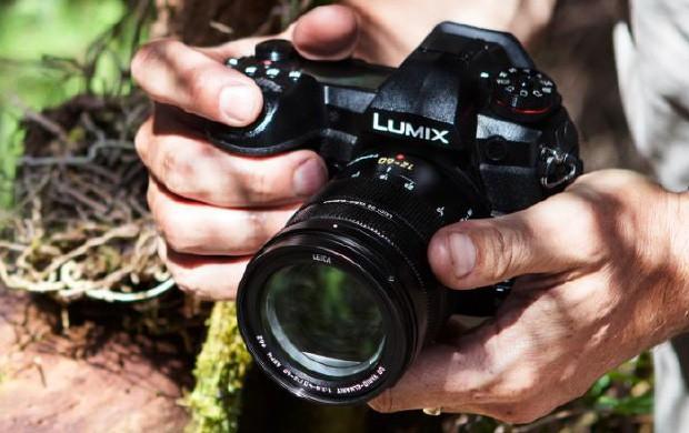 La fotocamera Panasonic Lumix G9