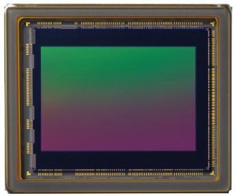 Il sensore X-Trans CMOS III da 24,3 megapixel (in formato APS-C) della mirrorless Fujifilm X-E3