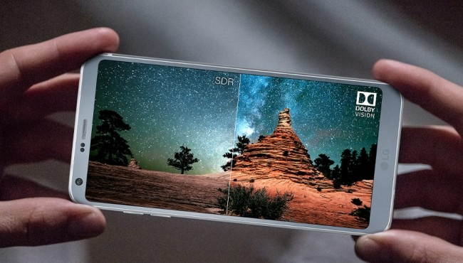 LG G7 ridisegnato da zero: slitta il lancio