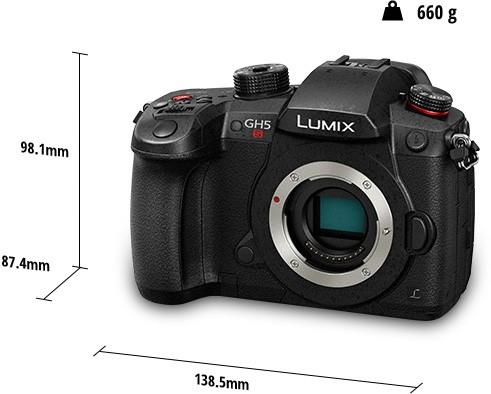 Il design della Panasonic Lumix GH5S: dimensioni e peso