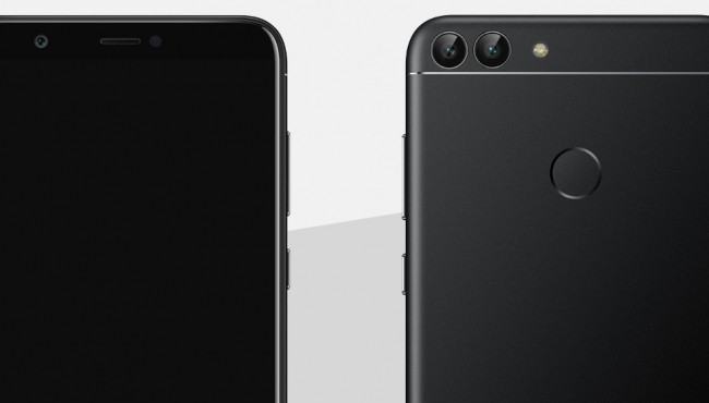 Huawei P Smart, le immagini dello smartphone