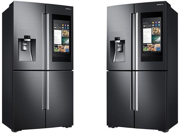 La nuova generazione di frigoriferi Family Hub, presentata da Samsung al CES 2018 di Las Vegas