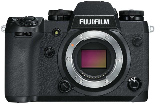 Il design della mirrorless Fujifilm X-H1