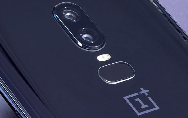 La doppia fotocamera posteriore di OnePlus 6