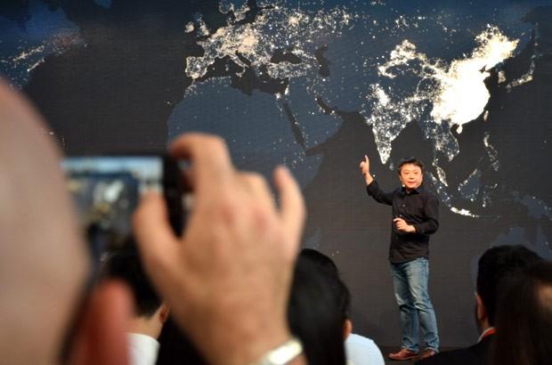 Wang Xiang, Senior Vice President di Xiaomi, annuncia l'arrivo del gruppo in Italia