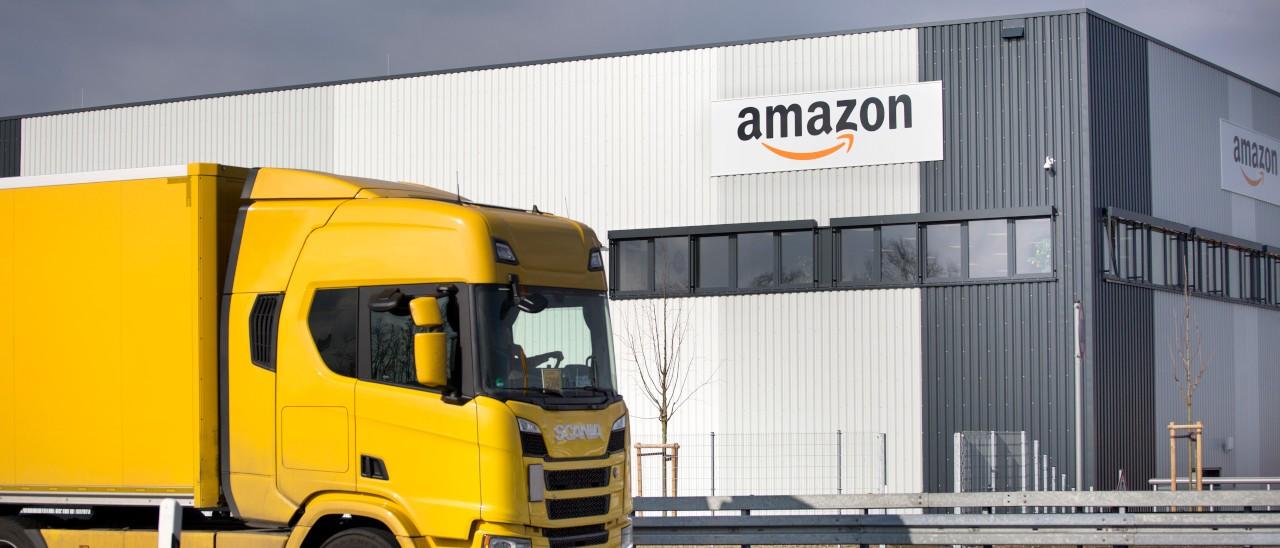 Amazon, i magazzini con robot hanno un t …