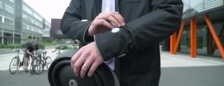 La smart jacket di Ford per chi va in bici