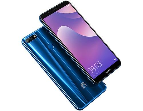 Lo smartphone Huawei Y 2018 nella sua colorazione blu
