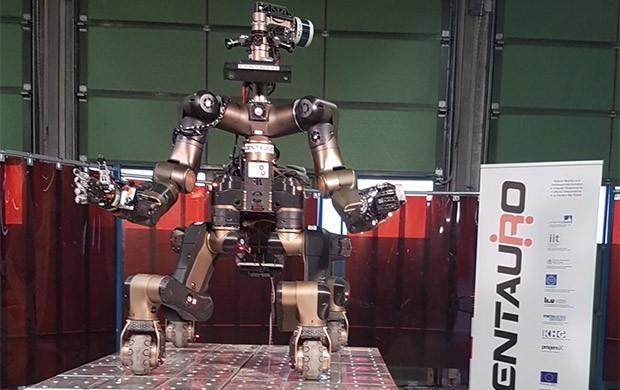 L'unità robotica Centauro progettata dall'Istituto Italiano di Tecnologia